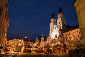 Il Mercatino di Natale di Bressanone or Christmas Market in a Dolomite mountain village
